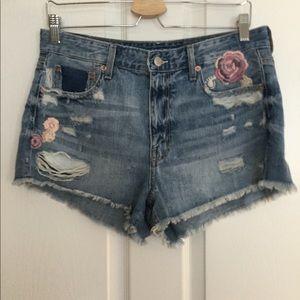 American Eagle raw hem  floral shorts Women Sz 10